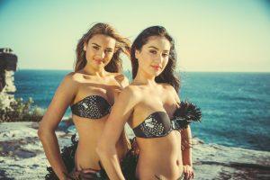 Lydia & Tiare Simonis on Aso Music Video by Nase Foai